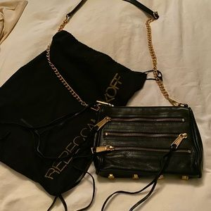 Chic gently used Rebecca Minkoff cross body!